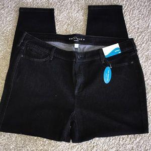 Boutique skinny in black denim